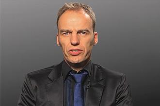 Dr. Arne Fischer